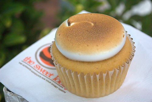 sweet potato marshmallow cupcake from The Sweet Lobby in DC