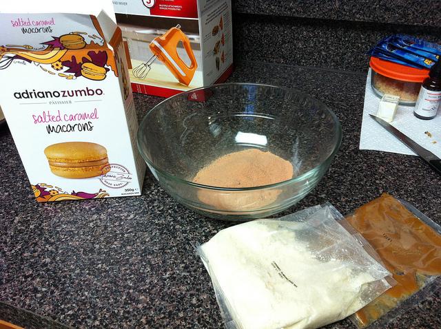 zumbo-macaron-mix-contents