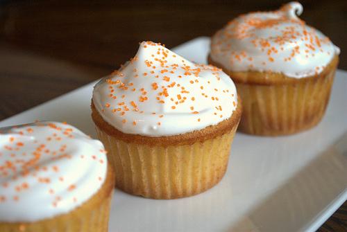 blue-moon-cupcake
