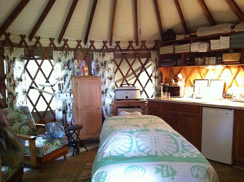 massage-in-a-yurt