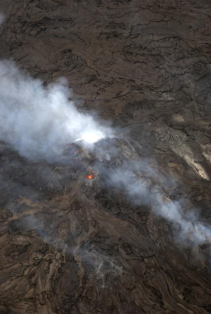 kilauea-lava-helicopter-tour