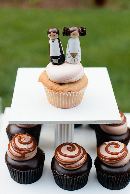 han-leia-cupcake-topper-wedding