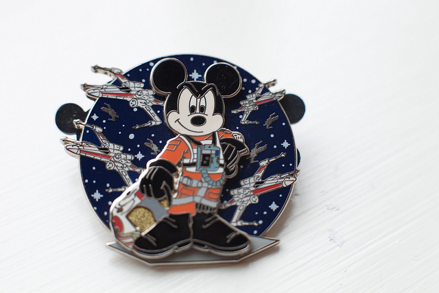 star-wars-disney-pin