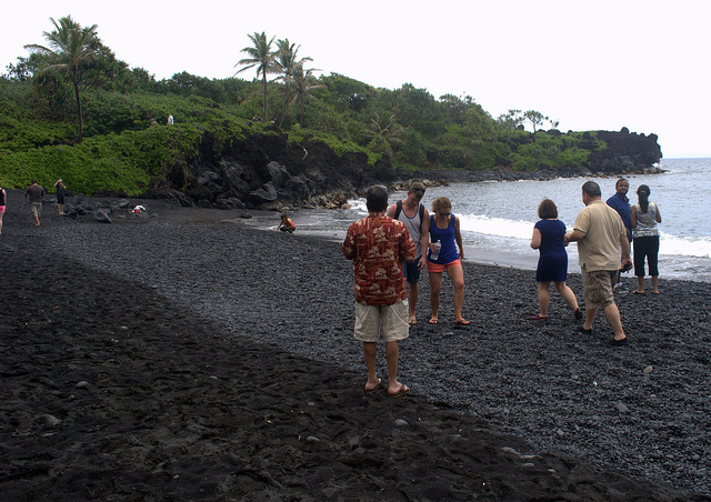 black-sand-beach-maui-road-to-hana