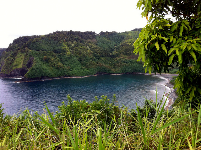 road-to-hana-coast