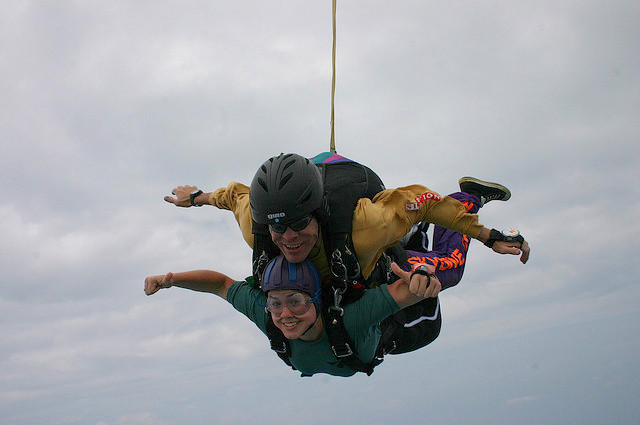 skydive -- attemped thumbs up